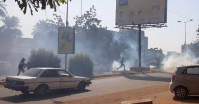 احتجاجات غاضبة تندد بتحرير سعر الوقود وخبراء يحذرون