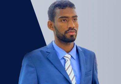 (هيومن رايتس) تندد بالأحكام السعودية ضد الصحفي السوداني أحمد عبد القادر